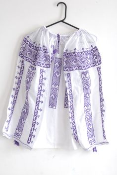Romanian traditional blouse with purple by EndangeredWear on Etsy Embroidered Blouse, Traditional Outfits, Embroidery Designs, Kimono Top, Wool, Purple, Costume, Cotton, Handmade