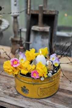 The Little Yellow Cottage on Magnolia Lane Cut Flowers, Beautiful Flowers, Bouquet Champetre, Vibeke Design, Yellow Cottage, Vintage Tins, Easter Table, Spring Day, Mellow Yellow