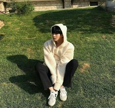 You are my sunshine ✺ Cute Korean Boys, Korean Men, Asian Boys, Asian Men, Korean Ulzzang, Ulzzang Boy, Yoon Park, Korea Boy, Boy Photography Poses
