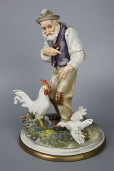 Capodimonte Cedraschi Figurine Old Man with Roosters