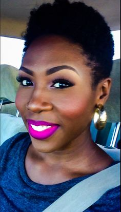 {Grow Lust Worthy Hair FASTER Naturally} ========================== Go To: www.HairTriggerr.com ========================== Awesome Lipstick, Makeup, and Tapered TWA!!!