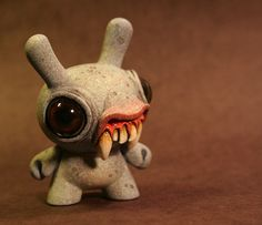 Chris Ryniak spawns a terrifying and awesome vampire Dunny.