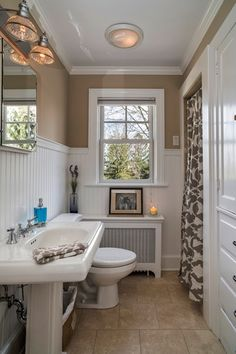 Traditional 3/4 Bathroom with Wainscotting, Pedestal sink, Raised panel, Signature Hardware Kacy Pedestal Sink, Crown molding