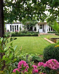 Love this garden.