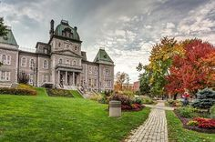 Sherbrooke city Town Hall by Pierre Leclerc Photography Quebec City, Town Hall, Mansions, House Styles, Beautiful, Family History, Infographic, Design, Autumn