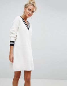 Willow and Paige V-Neck Cricket Sweater Swing Dress - White # Fitness model ASOS New Fashion, Trendy Fashion, Fashion Brands, Womens Fashion, Trendy Style, Fashion Online, Robe Swing, Swing Dress, Mode Outfits