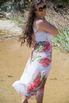This floral maxi dress is beautiful!