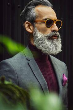 Mens Fashion 30 Years Old Grey Beards, Long Beards, Beard Styles For Men, Hair And Beard Styles, Bart Styles, Hipster Noir, Look Fashion, Mens Fashion, Beard Game