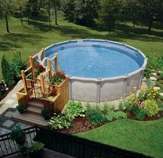 Above Ground Pool Ideas - In the summer, people like spending few hours in the swimming pool. However, you may hate the way your above ground pool looks in your backyard. Best Above Ground Pool, Above Ground Swimming Pools, In Ground Pools, Above Ground Pool Landscaping, Backyard Pool Landscaping, Landscaping Ideas, Oberirdische Pools, Cool Pools, Tank Pools