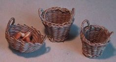 "Nice baskets, round, square, and even a ""wicker"" chair.  It is in French but the google translator works well enough to follow."
