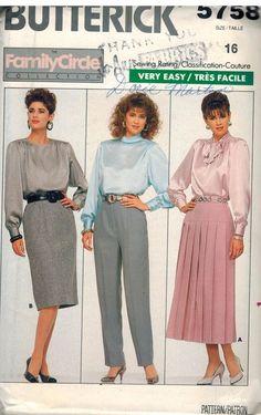 8418 UNCUT McCalls Sewing Pattern Maternity Dress Tunic Leggings FF VINTAGE OOP
