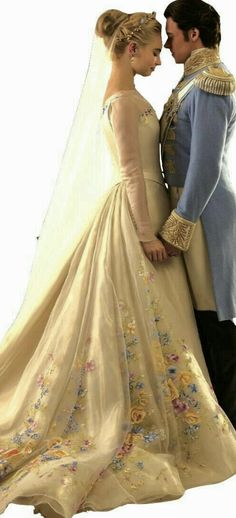 22 mejores imágenes de vestido cenicienta para boda *.*   cinderella