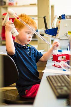 Op het lab - via http://www.7dwarfs.nl