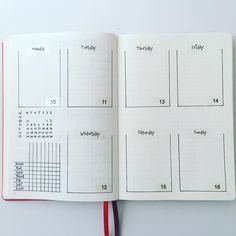 A very clean and simple weekly spread. Although.... I think I might add something more to it