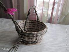 Мастер-класс Поделка изделие Плетение ручка для корзины  второй вариант Трубочки бумажные фото 5