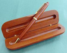 木製ボールペン(ケース付) - 慶應オリジナルグッズショップ