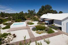 JM Topiaris Comporta landscaping project Inspiring Landscape Project in Alentejo, Portugal: Garden in Comporta
