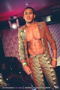 Afro Style for the brother. African Attire For Men, African Wear, African Dress, African Style, African Inspired Fashion, African Print Fashion, Fashion Prints, African Prints, Beauty And Fashion