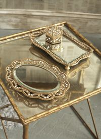 Ah mirror's  always remind me of my mom's jewlery tray that's a mirror with gold trim <3