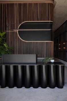 Remedy Place Social Wellness Club - West Hollywood, Los Angeles - The Cool Hunter Reception Desk Design, Lobby Reception, Hotel Reception Desk, Reception Counter, Office Interior Design, Office Interiors, Corporate Office Design, Commercial Design, Commercial Interiors