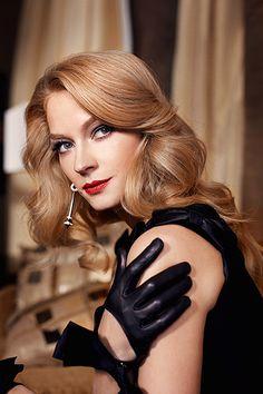 Светлана Ходченкова - Dramatic Kibbe. Высокая, острые черты лица, хищный взгляд