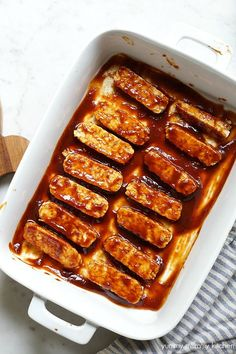soy free use Burmese tofu - no need to steam.How to make tempeh with BBQ sauce. Tempeh Recipes Vegan, Vegan Foods, Vegan Dishes, Vegan Vegetarian, Vegetarian Recipes, Raw Vegan, Vegan Treats, Vegan Recipes, Plate