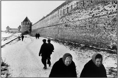 Martine Franck. Russia. The fortified walls of the convent of Souzdael.