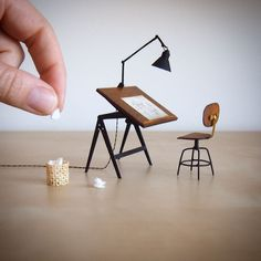 A new drafting board for the projectThis is a scale replica of a adjustable board by Wim Rietveld who was a Dutch industrial furniture designer his design are iconic because of their timeless elegance and functionality chair boar Miniature Crafts, Miniature Houses, Miniature Dolls, Miniature Furniture, Doll Furniture, Dollhouse Furniture, Miniature Chair, Furniture Buyers, Industrial Interiors