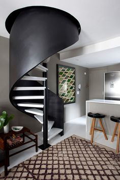 Beautiful spiral staircase :: Mauricio Arruda