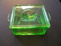 1930 Green Vaseline Glass Refrigerator Box
