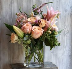 Send the Sweetheart bouquet of flowers from Gotham Florist in New York, NY. Local fresh flower delivery directly from the florist and never in a box! Flower Arrangements Simple, Vase Arrangements, Floral Centerpieces, Fresh Flower Delivery, Same Day Flower Delivery, Most Beautiful Flowers, Pretty Flowers, Beautiful Bouquets, Orchid Delivery