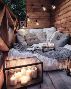 Sweet and Romantic Bedroom Ideas You Would Love To Have; Sweet and Romantic Bedroom Decoration; Sweet and Romantic Bedroom; Sweet and Romantic Bedroom Design;Sweet and Romantic Bedroom Decor; Aesthetic Rooms, Cozy Aesthetic, Cozy Room, Home Living, Dream Rooms, My New Room, Cozy House, Room Inspiration, Fashion Inspiration