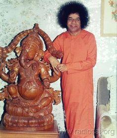 Sai Baba pertenece a la corte hindú? 2b7acd38ed994033e001e4ad48b3a505