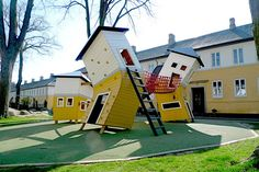 We'd like to be 7 again to play in this awesome playground! Brumleby Playground - Copenhagen: Three warped houses connected by balancing bridges. Cool Playgrounds, Crooked House, Outdoor Play, Outdoor Decor, Playground Design, Park Playground, Playground Ideas, Play Spaces, Design Moderne