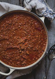 Il existe autant de sauces à spaghetti qu'il existe d'individus et autant de « meilleures recettes » qu'il existe de grands-mamans.