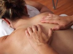 Deep tissue massage is therapeutic and is used for rehabilitation. It is not a relaxing massage. Therefore, one should be prepared to face some kind of discomfort with this massage. Massage Shiatsu, Lymphatic Drainage Massage, Face Massage, Massage Chair, Chi Nei Tsang, Massage Corps, Massage Treatment, Sciatic Pain, Physical Therapy