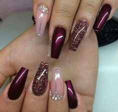 Gelnägel Muster Weinrot … - Most Trending Nail Art Designs in 2018 Fabulous Nails, Gorgeous Nails, Pretty Nails, Perfect Nails, Fancy Nails, Love Nails, My Nails, Sparkle Nails, Style Nails