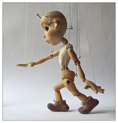 Marionette Puppet, Puppets, Animal Line Drawings, Wooden Puppet, Making Wooden Toys, Puppet Making, Wooden Animals, Toy Collector, Vinyl Toys