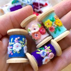 I worked on these cute little spool pendants this afternoon. They are made using new wooden spools but Im planning to make some using vintage spools which will be fun because theyll all be a little different. Wooden Spool Crafts, Wooden Spools, Felt Crafts, Diy And Crafts, Craft Projects, Sewing Projects, Felt Embroidery, Embroidery Stitches, Thread Spools