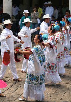 Performance of Yucatan dances, Merida, Mexico