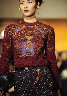 KENZO 2013 - Look 11  tiger  sweater Sweat Kenzo, Japan Fashion, Love 98386aa5ce9