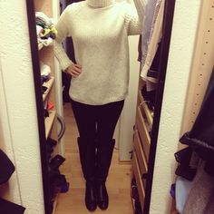 Outfit and song of the day. No. 120    http://bootsmannundtornado.com/2012/11/17/outfit-and-song-of-the-day-no-120/    #fashion #outfit #ootd #picoftheday #photooftheday #mode #look #womenswear #sweater #pullover #hundm