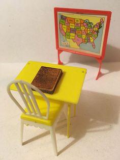 Rare My Merry School Room Vintage Dollhouse Furniture 1:16 Renwal Marx  Plastic