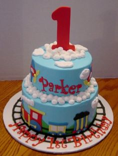 Another train cake By SueB on CakeCentral.com