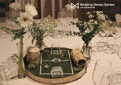 いいね!20件、コメント2件 ― Wedding Design Gardenさん(@wdg_the_decorators)のInstagramアカウント: 「机の上の森にある、小さなサッカー場にようこそ #happouen #happoenwedding #ゲストテーブル装飾 #ゲストテーブル #テーブルコーディネート #テーブル装花 #サッカー場…」