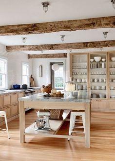 Home Interior Salas .Home Interior Salas Kitchen Pantry Design, Country Kitchen Designs, Farmhouse Kitchen Decor, New Kitchen, Rustic Farmhouse, Kitchen Ideas, Warm Kitchen, Minimal Kitchen, Kitchen Trends