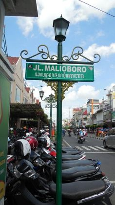 Famous Malioboro Street in Jogjakarta, Indonesia, a long strip that you find the city itself never sleep, you will find places, foods open until very very late.