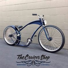 Of all the custom bikes, this I am drawn to the most. Simply beautiful looks and finish.