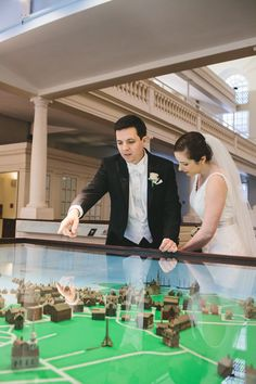 You and your guests will have so much fun exploring our exhibits during your big day.   Congratulations to Emily and Jorgen! Your spring wedding at Old South Meeting House was perfectly beautiful. Photography: Lindsay Hite www.lindsayhitephotography.com