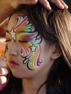 When you think about face painting designs, you probably think about simple kids face painting designs. Many people do not realize that face painting designs go beyond the basic and simple shapes that we see on small children. Girl Face Painting, Face Painting Designs, Painting For Kids, Painting Tips, Paint Designs, Face Paintings, Halloween Makeup, Halloween Face, Rainbow Face